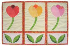 tulip-trio-detail