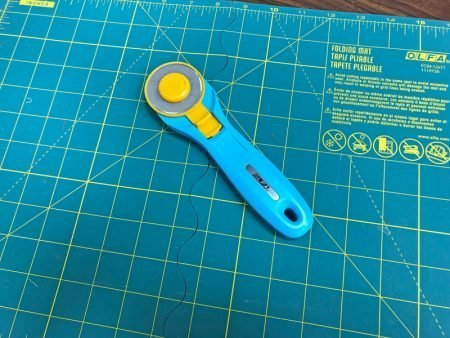 Exploring Quilting Basics: 4 Fabric Cutting Prep Tips featured by top US sewing and quilting blog, Seams Like a Dream: cutting mats